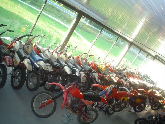 stock moto  100 pz