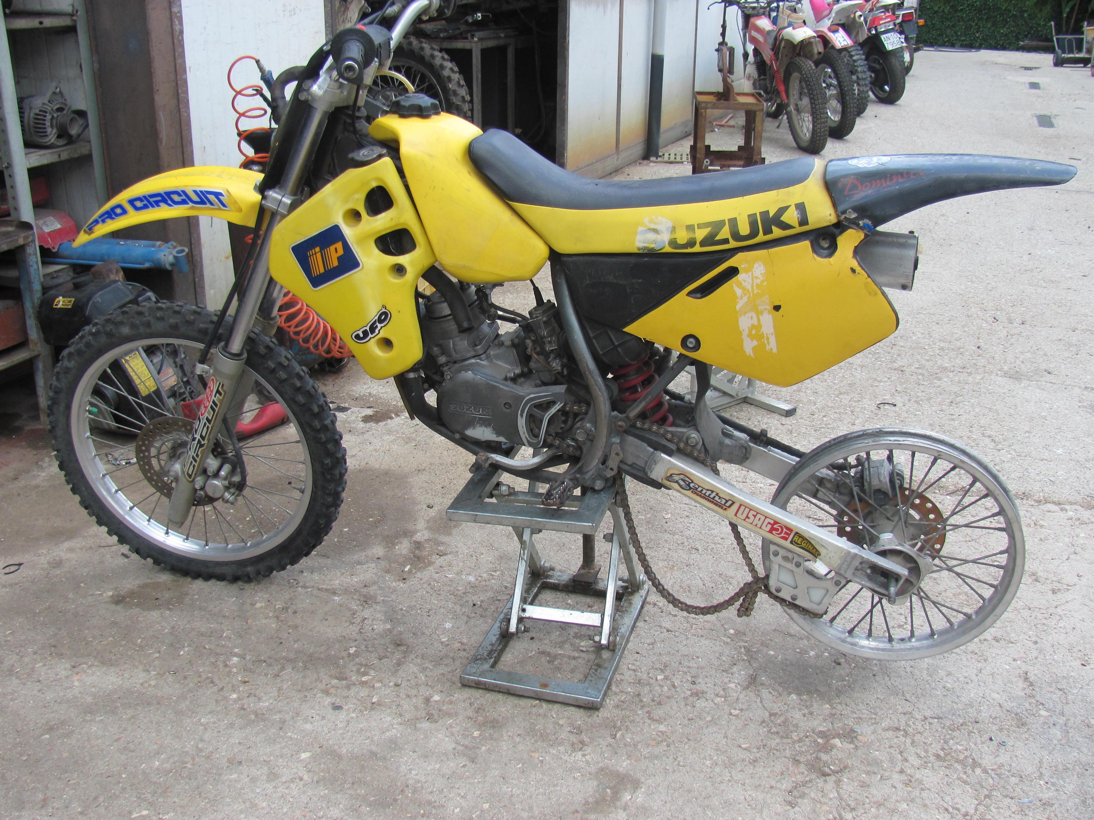 Suzuki 80