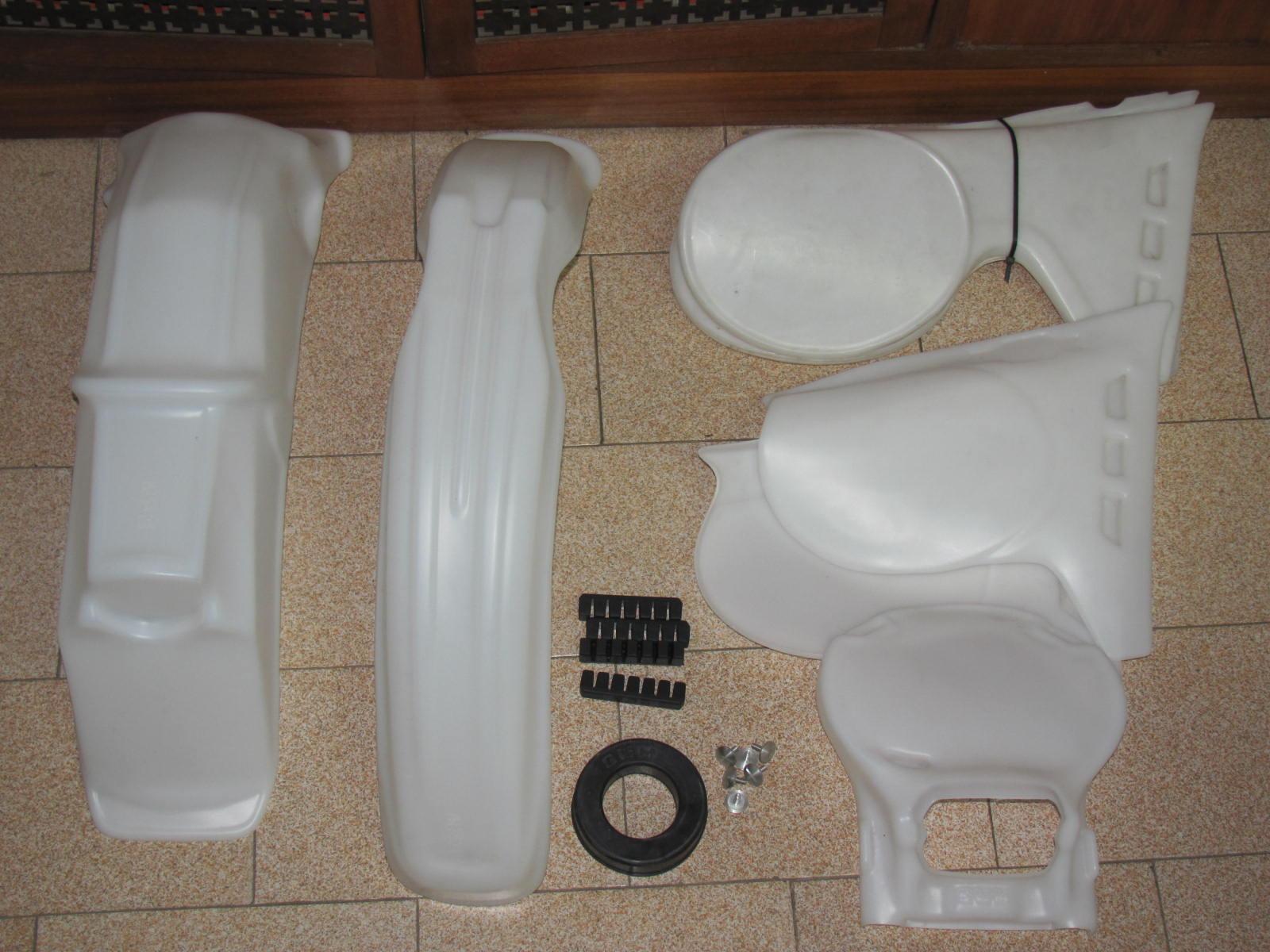 Kit plastiche SWM