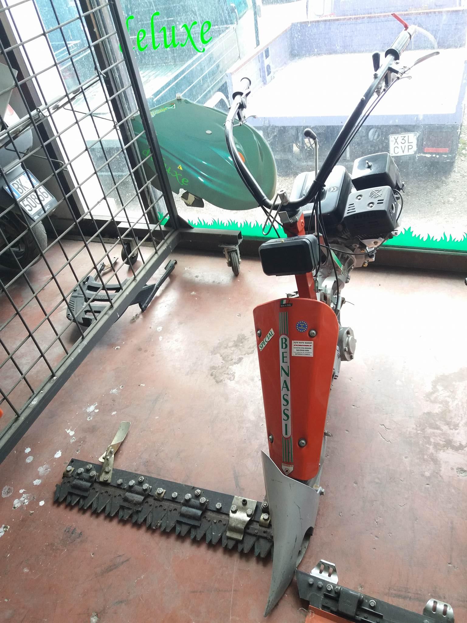 Motofalciatrice Benassi special inclinabile monoruota